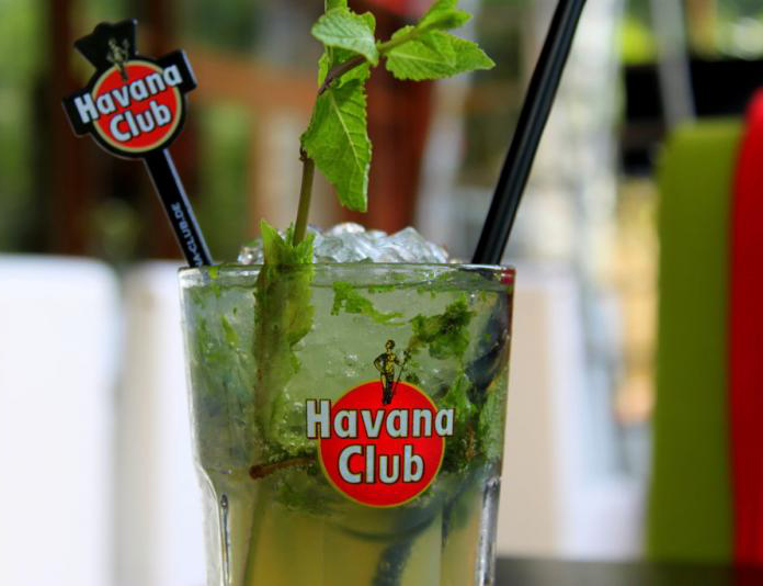 Cocktails in cuba for Cocktail havana club